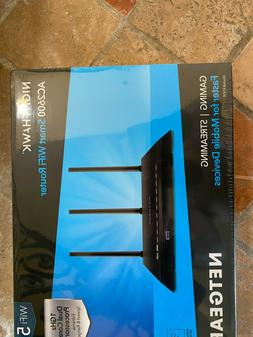 NETGEAR Nighthawk AC2600 Smart WiFi Router  - BRAND NEW